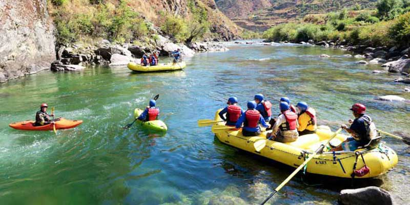 Rafting-and-Kayaking